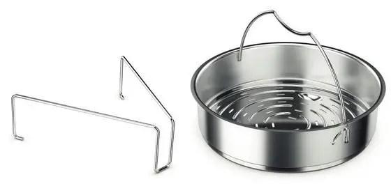 Dreibein und Siebeinsatz für einen Schnellkochtopf von Fissler