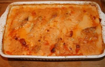 Schnitzel im Ofen nach Tessiner Art mit Bandnudeln