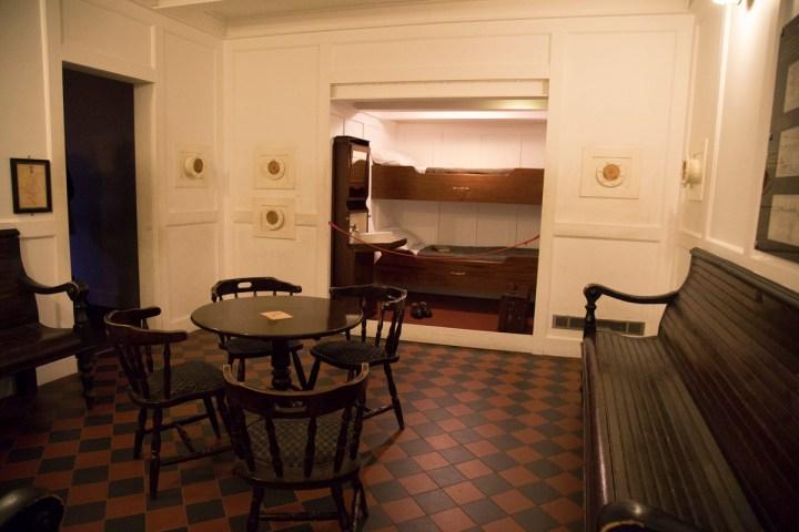 Rekonstruktion Kabine der dritten Klasse und der Aufenthaltsraum der dritten Klasse an Bord der Titanic