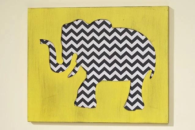 23020-Bild-Wandobjekt-Elefant-Chefron-weiss-schwarz-gelb (1)