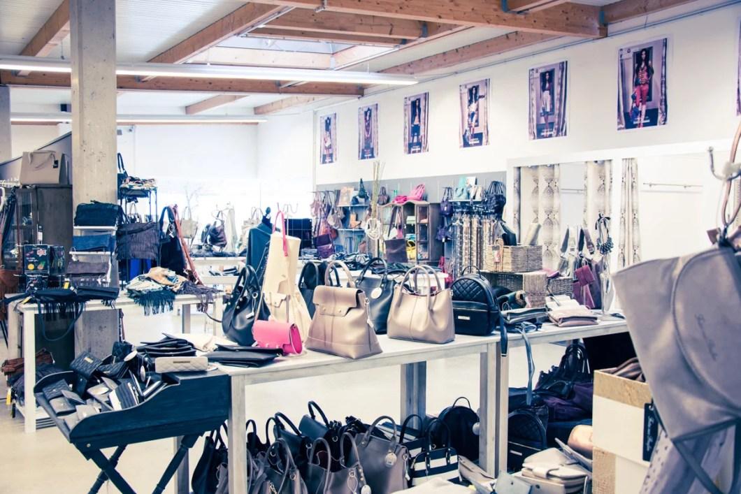Werkverkauf Dekoabteilung Klamotten