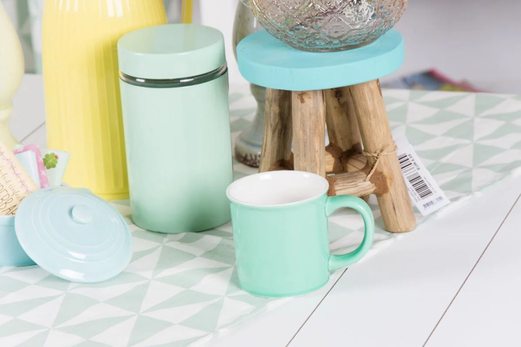 Farbwelt Pastell mit Holz