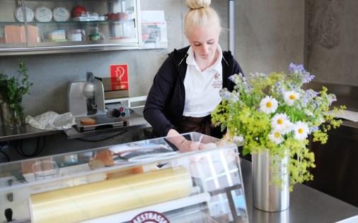 Käseverkauf im Käsekeller in Lingenau