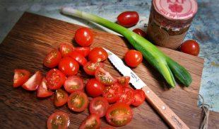 Tomaten für selbst gemachtes Ketchup