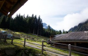 gletscherblick-stubai-gletscherchalets