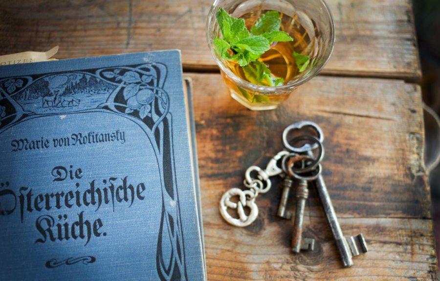Altes Kochbuch aus Österreich