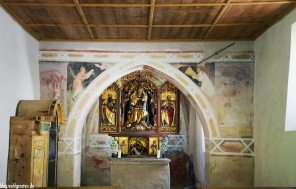 Altar Kapelle Bad Dreikirchen – Barbian