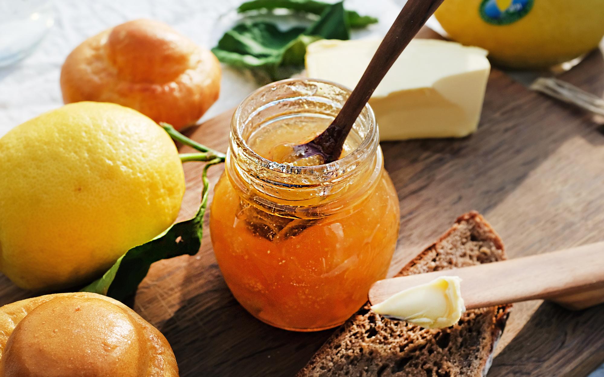Drei in einen Topf – Zitronenmarmelade aus Amalfi- und Zedratzitronen mit Bergamotte