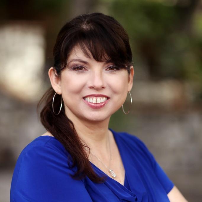 Dr. Robin Avelar La Salle