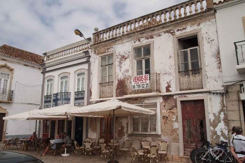 Cafe in der Altstadt von Tavira - Portugal
