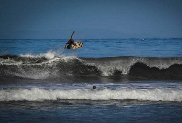 Wave descriptions for surfing