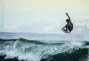finding the best surf camps