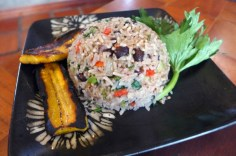 Spanish School Costa Rica- Making Gallo Pinto at School of the World