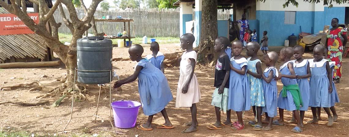https://i2.wp.com/www.schoolsforrefugees.org/wp-content/uploads/2016/12/washing-hands.jpg