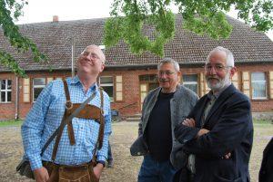 Der Musiker Ron (links) und der Pfarrer Flade (rechts).