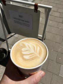 buddy buddy oat latte (leider) im einwegbecher