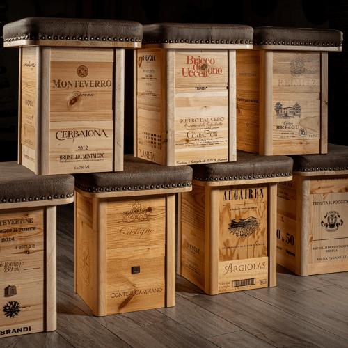 Sitzhocker: Unterteil mit Weinbranding