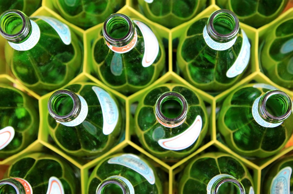 Blow Molds and Change Parts Supplier to the Bottle Manufacturing and Bottling Industry- Lean / Operations Optimization