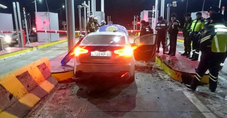 Житель Щучинска воспользовался временным отсутствием полицейского и угнал служебную машину