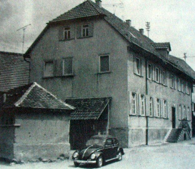Bau des alten Schulhauses