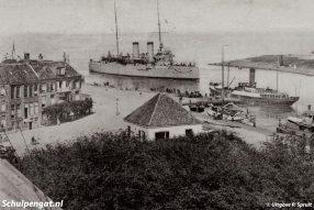Foto: Ansichtkaart, uitgave P. Spruit.