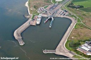 Luchtfoto veerhaven Texel