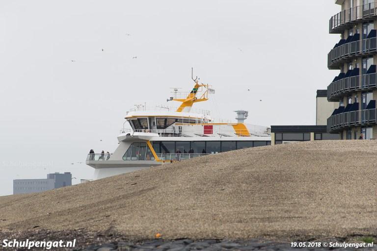 Flat en dubbeldeksveerboot Texelstroom