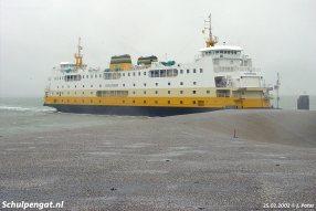 De Schulpengat komt aan bij het oude havenhoofd van 't Horntje, in 2004 verbreed voor de komst van de bredere Dokter Wagemaker (2005).