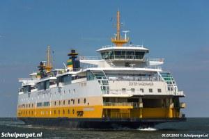 Veerboot Dokter Wagemaker in TESO-geel