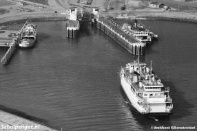 Alle schepen van Texel's Eigen Stoomboot Onderneming zijn te zien op deze foto uit 1964.