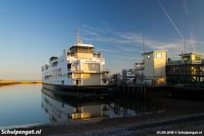 De fuik van 't Horntje werd aangelegd in 1964 voor de enkeldekker Marsdiep. De dubbeldeksveerboot Schulpengat heeft in 1991 kort samen gevaren met de Marsdiep (1964).