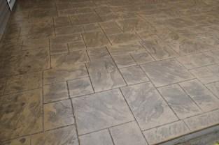 Patio with Large Ashlar Slate