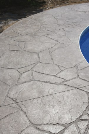 Pool deck in Arizona Flagstone