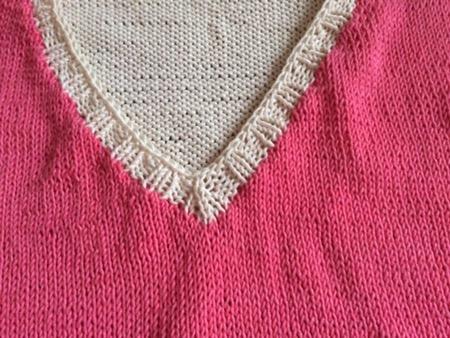 Baumwollpulli in rosa und weiß