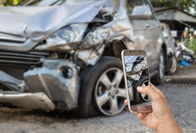 Car Accident Guide to Help You Handle an Accident