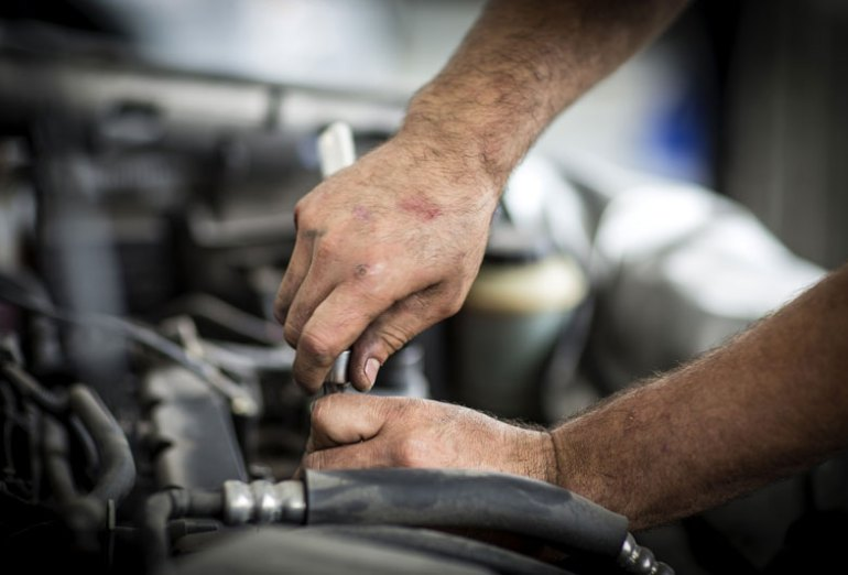 Tips to Avoid and Be Wary of DIY Auto Repair Mistakes