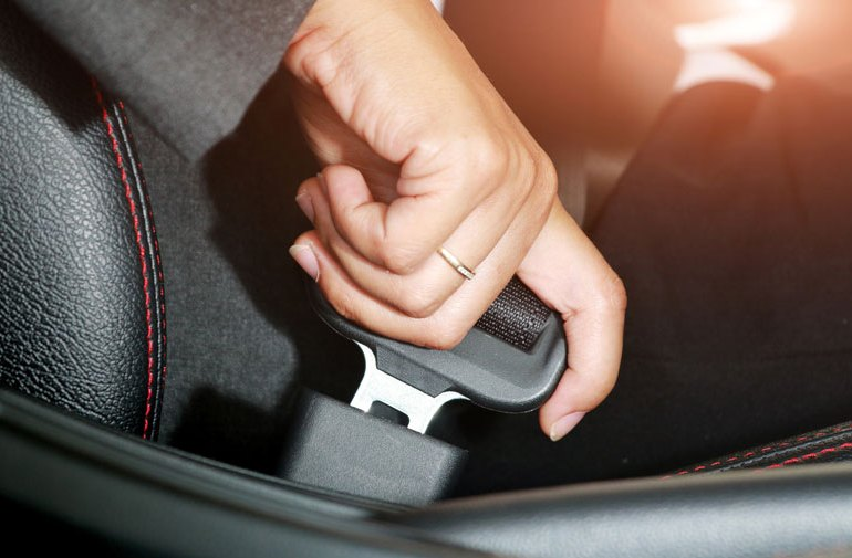 Minimize Distractions on the Road with These Rules for Your Passengers
