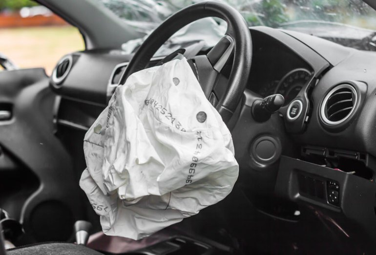 Lessen Your Risk for a Car Crash & Avoid These Causes of Accidents