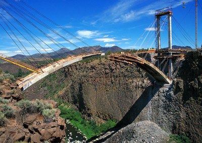 Oregon's Crooked River Bridge Makes U.S. Construction History