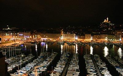 Marseille - Blick über den Alten Hafen und die Stadt