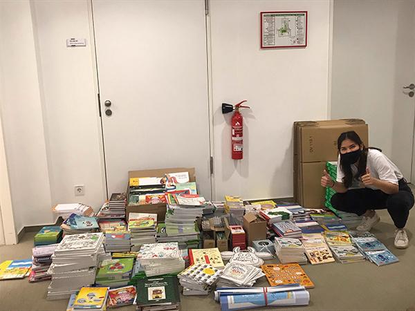 Kinderbuchverlage spenden für Moria