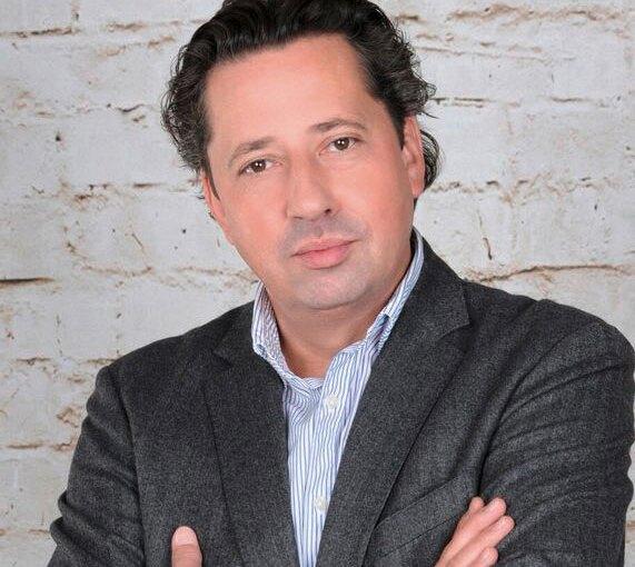 Büchergilde weiterhin auf Zukunftskurs: Alexander Elspas bleibt Vorstandsvorsitzender bis 2027