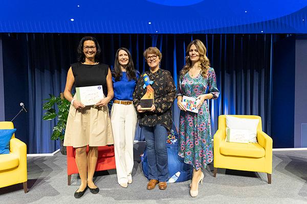 v.l.n.r.: Cornelia Wiesner, Jasmin Schröter, Nikola Rakutt und Monika Eckert | © Deutscher Kinderbuchpreis