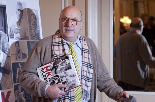 """Geboren wurde Manfred Krug 1937 in Duisburg. Er kam als Zwölfjähriger in die DDR, zusammen mit seinem Vater, einem Eisenhütten-Ingenieur, der in die DDR umsiedelte. Von 1957 an trat """"Manne"""" im Kino und Fernsehen der DDR auf. Im Jahr 1960 übernahm er eine Rolle in dem erfolgreichen Film """"Fünf Patronenhülsen"""". In weiteren Filmen ...  Foto: dpa"""