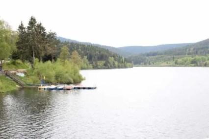 Schwarzenbachtalsperre mit Bootsverleih