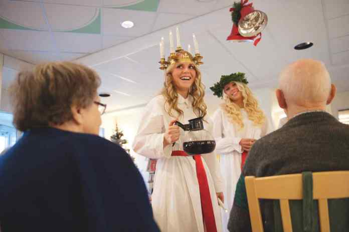 Die Lucia steht im Mittelpunkt des Festes (Foto: Cecilia Larsson Lantz/imagebank.sweden.se)