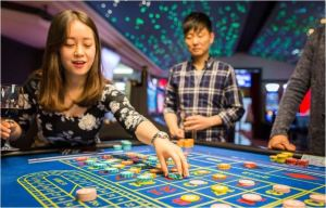 Trotz Pannen zum Jahresbeginn erreichte der Spielertrag in Interlaken per Ende September mit 8.1 Mio. CHF die Vorjahreswerte. Bild: www.casino-Interlaken.ch