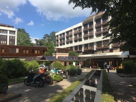 Die Clinique Beaulieu liegt an attraktiver Lage am Stadtrand von Genf. Quelle: Holger Geissler, Schweizeraktien.net
