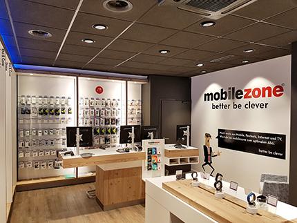 Der wiedereröffnete mobilezone-Shop in Bern an der Waaghaus-Passage 8. Bild: www.mobilezone.ch