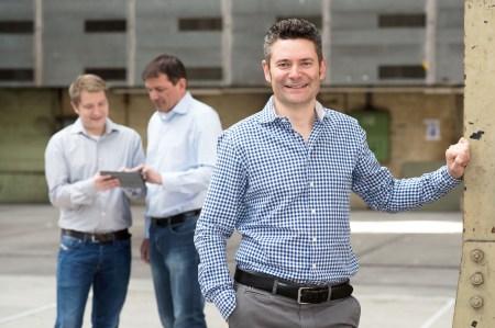 Alwin Meyer (rechts), Co-Gründer von Swisspeers, möchte peer-to-peer-Lending in der Schweiz nachhaltig etablieren. Bild: zvg